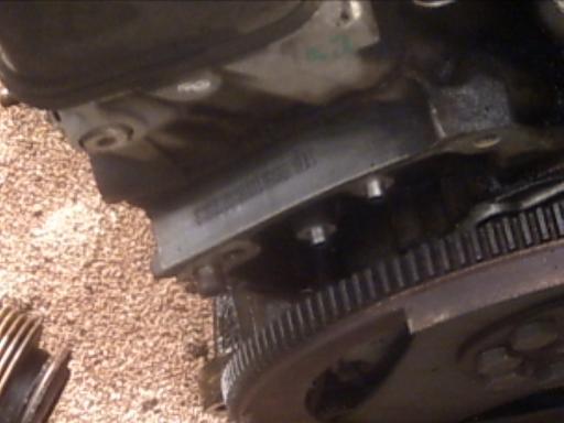 Ou trouver les numéros de moteur ? 560SEC%20engine%20number%20location