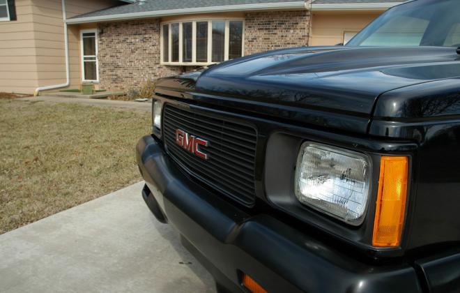 0 1991 Black GMC Syclone pickup number 92 (11).jpg