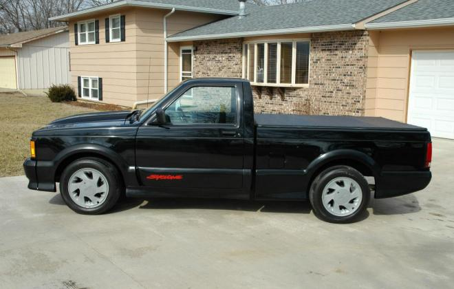 0 1991 Black GMC Syclone pickup number 92 (14).jpg