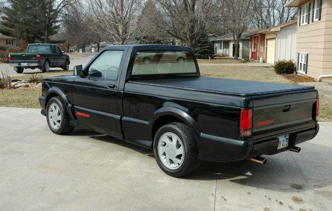 0 1991 Black GMC Syclone pickup number 92 (15).jpg