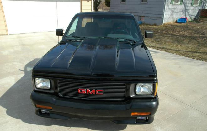 0 1991 Black GMC Syclone pickup number 92 (18).jpg