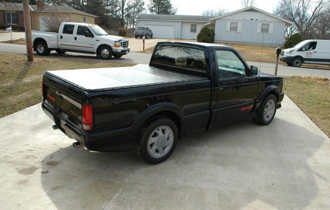 0 1991 Black GMC Syclone pickup number 92 (19).jpg