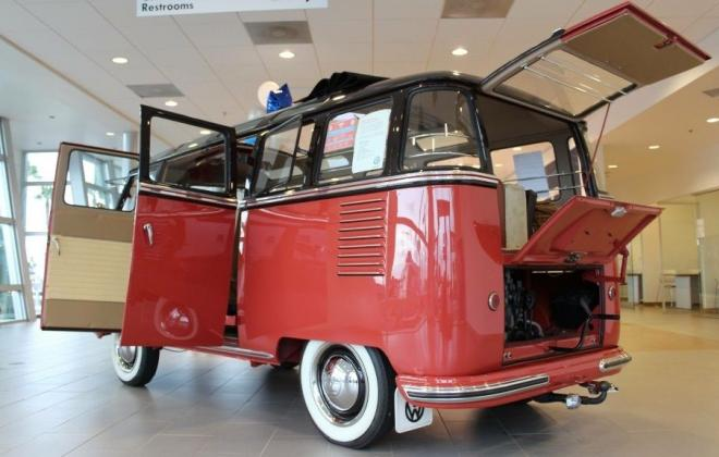 1 1956 Volkswagen Deluxe Microbus Samba Bus images Classic Register (13).jpg