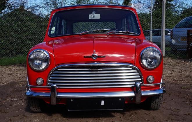 1 Black over Tartan red 1965 Morris Cooper S MK1 British built image (2).jpg