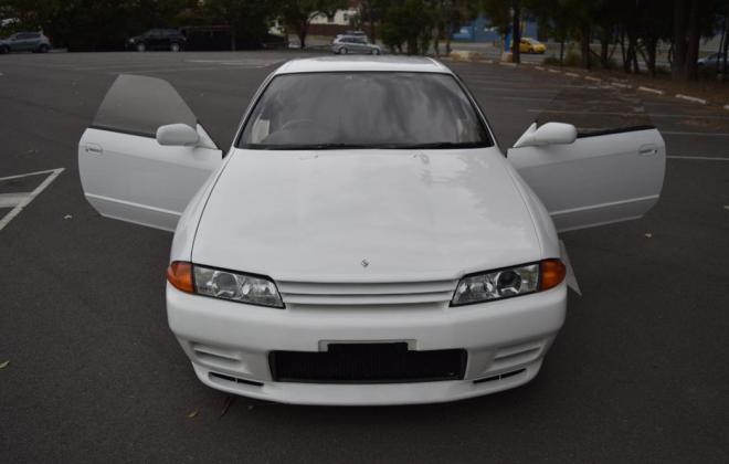 1 Crystal White R32 GTR V-Spec II Australia 1994 model images (3).jpg