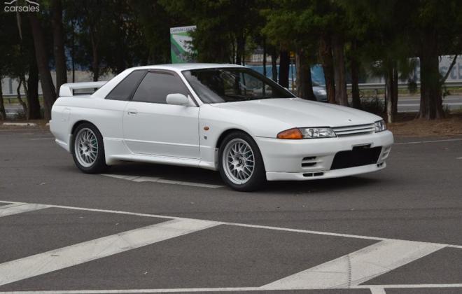 1 Crystal White R32 GTR V-Spec II Australia 1994 model images (8).jpg