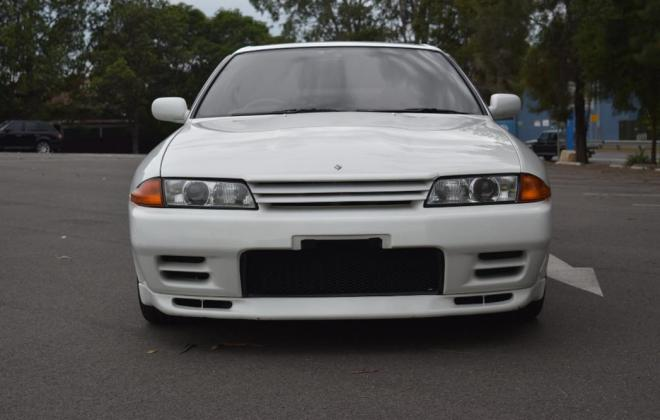1 Crystal White R32 GTR V-Spec II Australia 1994 model images (9).jpg