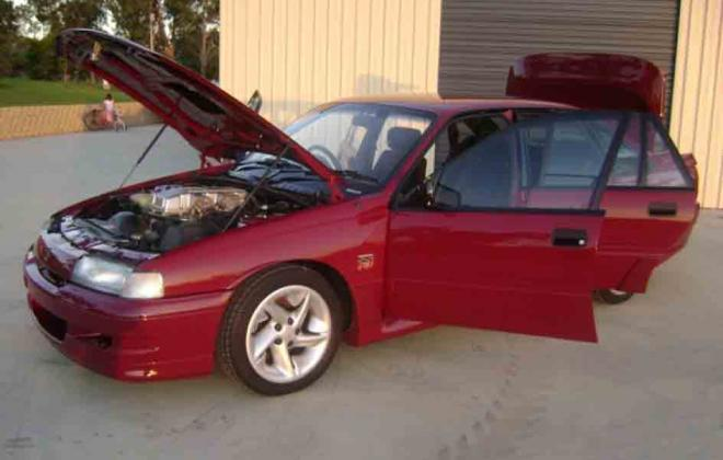 1 Durif Red Holden Commodore VN SS HSV 1990 number 180 images (32).jpg