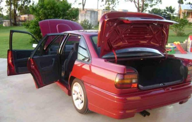 1 Durif Red Holden Commodore VN SS HSV 1990 number 180 images (34).jpg
