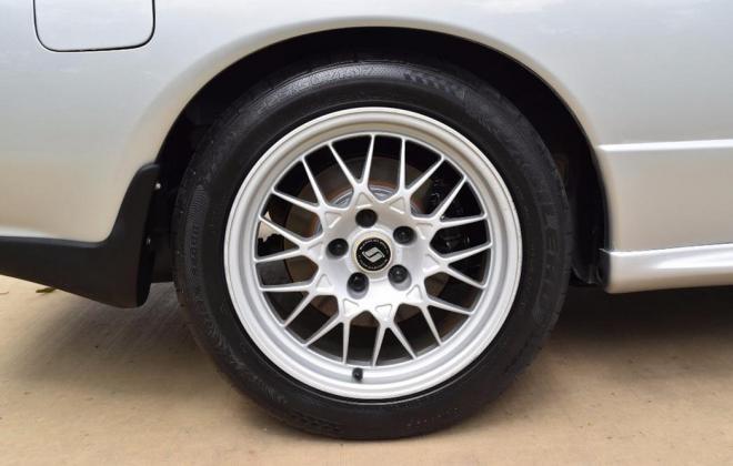 1 Spark Silver R32 GTR V-Spec 1 1993 Australia immaculate images (1).jpg