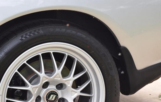 1 Spark Silver R32 GTR V-Spec 1 1993 Australia immaculate images (4).jpg