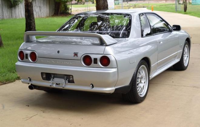 1 Spark Silver R32 GTR V-Spec 1 1993 Australia immaculate images (9).jpg