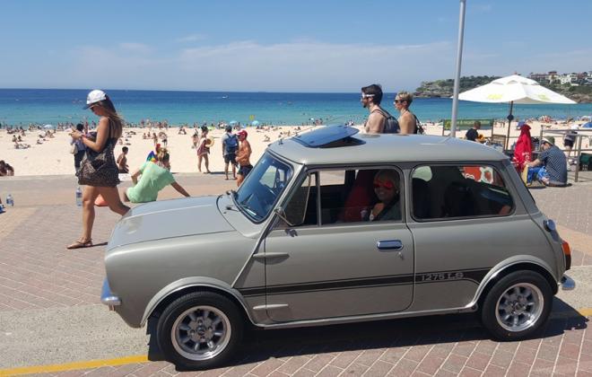 1275LS Hi-Ho Silver Leyland Mini.jpg
