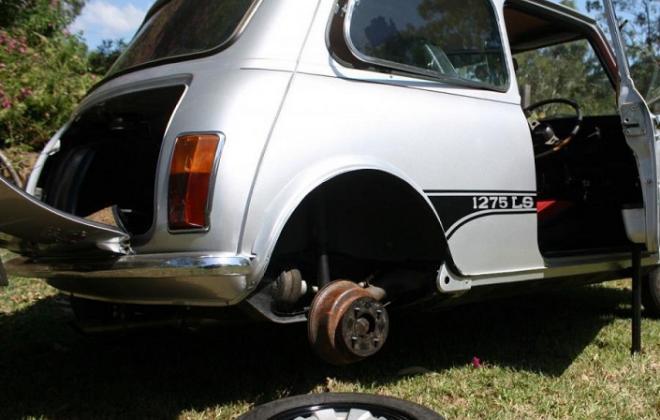 1275LS rear stepped drum brakes.jpg