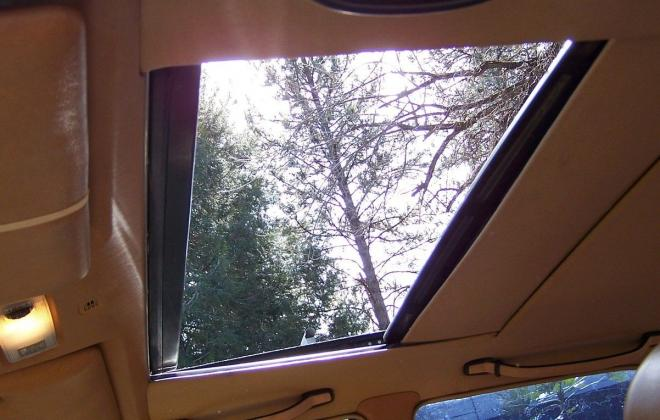190E 2.3 sunroof.jpg