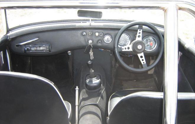 1962 Austin Healey Sprite dashboard.jpg