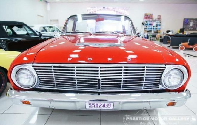 1962 Ford Falcon Ranchero front ford badge.jpg