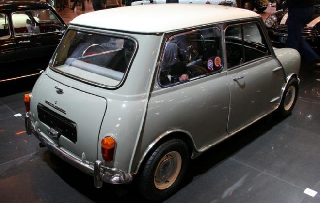 1964 970cc Morris Mini Cooper S MK1 image corner.jpg