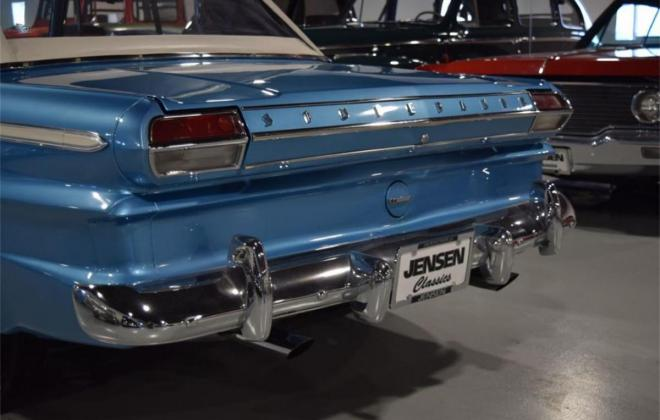 1964 STudebaker Daytoina convertible light blue with white roof (15).jpg