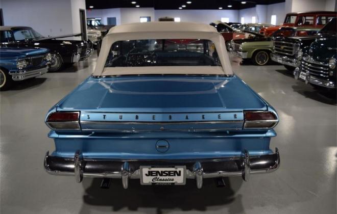 1964 STudebaker Daytoina convertible light blue with white roof (16).jpg