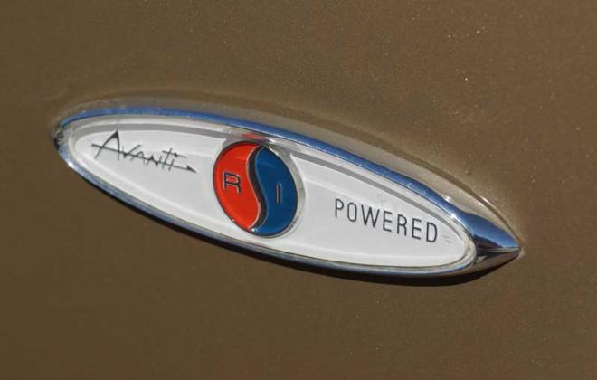 1964 Studebaker Daytona R1 Jet Thrust Avanti side fender badge image.jpg
