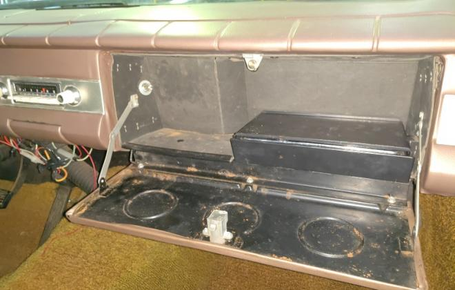 1964 Studebaker Daytona dashboard glovebox mirror image (3).jpg