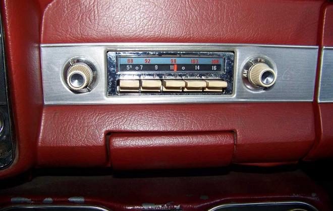 1964 Studebaker Daytona radio image.png