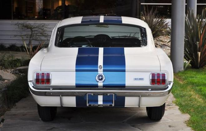1965 Shelby GT 350 7.jpg