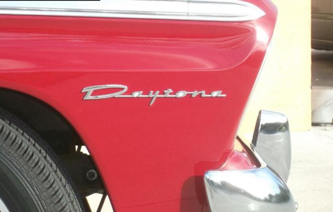1965 Studebaker Daytona badge (2).png