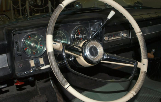 1965 Studebaker Daytona interior dashboard steering wheel white (1).png