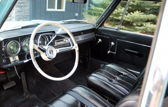 1965 Studebaker Daytona interior dashboard steering wheel white (3).png