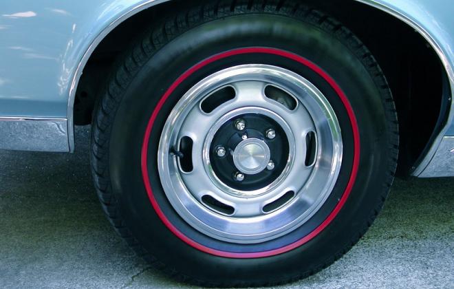 1966 GTO Rally 1 wheel.png