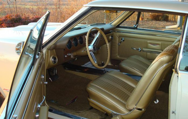 1966 Pontiac GTO Medium Fawn Gold interior.png