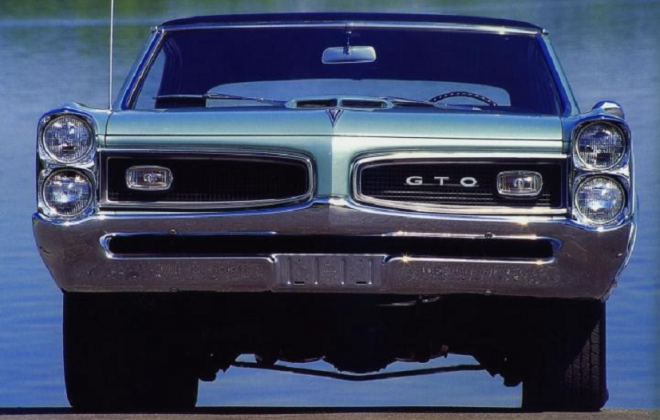 1966 Pontiac GTO front grille.png