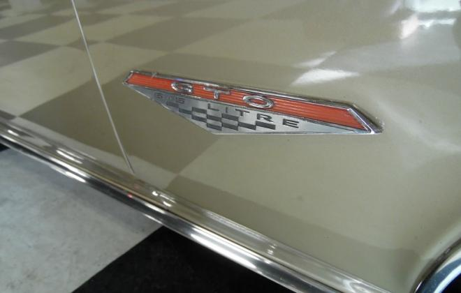 1966 Pontiac GTO side badge 1.jpg
