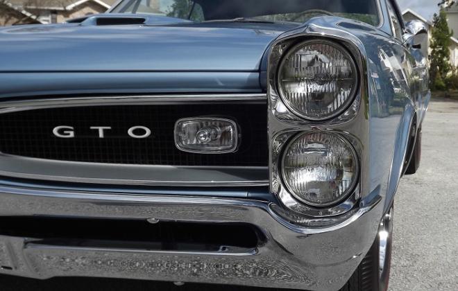 1966 Pontiac GTO stacked headlights 1.jpg