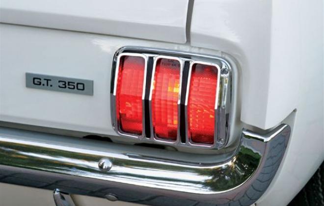 1966 Shelby GT350  badge.jpg
