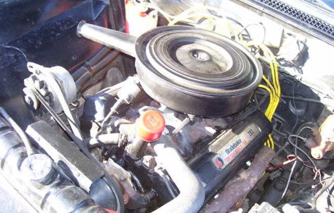 1966 Studebaker Daytoina Sports Sedan McKinnon 283 engine black valve covers (3).png