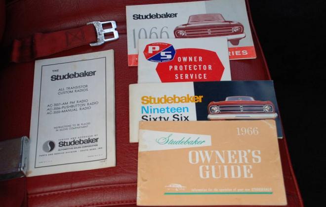 1966 Studebaker Daytona Sport Sedan V8 red white roof (50) interior.jpg