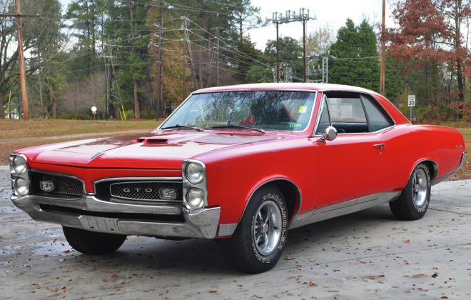 1967 Pontiac GTO.png