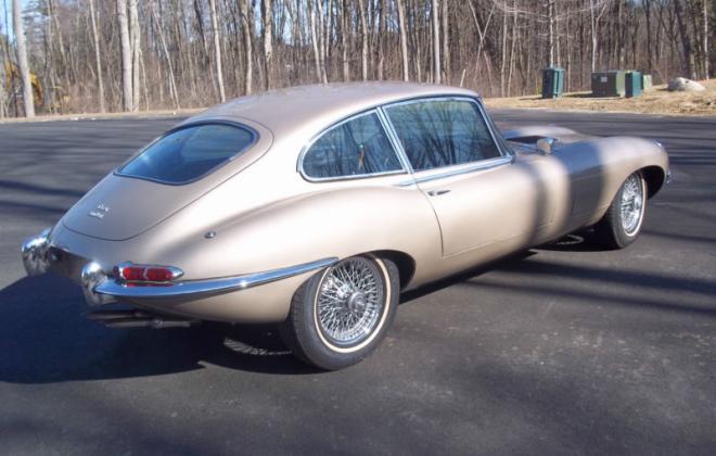 1968 Jaguar E-Type Series 1.5 XKE Golden Sand paint (2).png