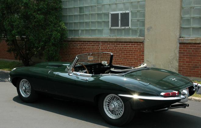 1968 Jaguar E-Type XKE  Series 1.5 British Racing Green paint  (2).png