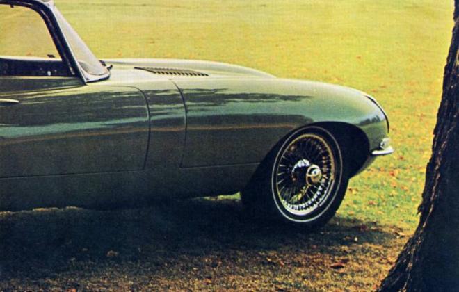 1968 Jaguar XKE US brochure advertisement Series 1 (9).jpg