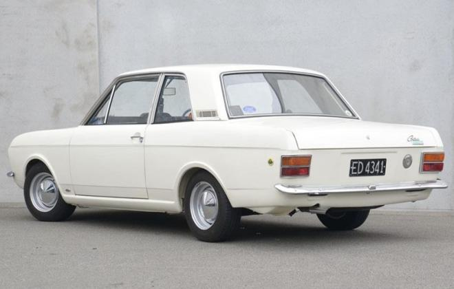 1968 Lotuc Ford Cortina Twin Cam MK2 white images (6).jpg