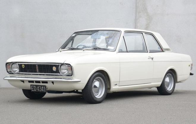 1968 Lotuc Ford Cortina Twin Cam MK2 white images (7).jpg