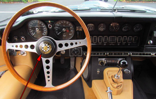 1968 Series 1.5 XKE E-type dashboard Jaguar (4).png