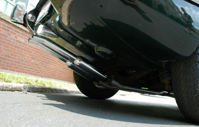1968 Series 1.5 XKE E-type twin exhaust pipes.png
