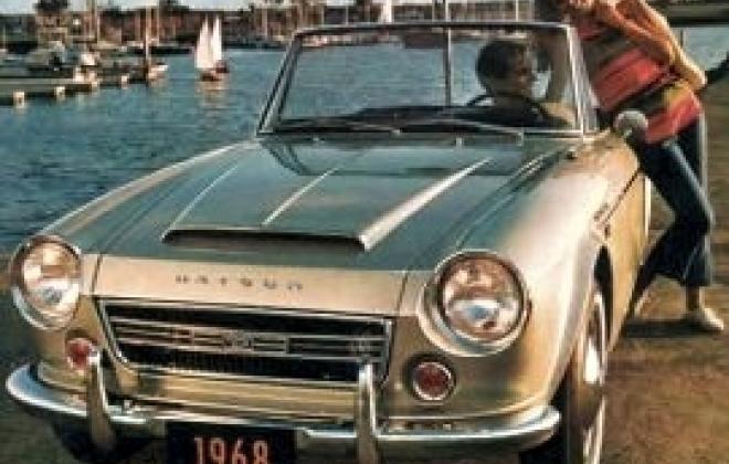 1968_Datsun_2000_Roadster 2.jpg