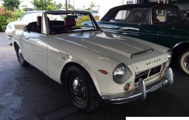 1969 Datsun 2000 Roadster.jpg