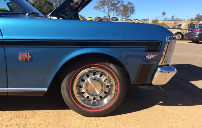 1970 XW Ford Falcon GT decal front stripe image.JPG